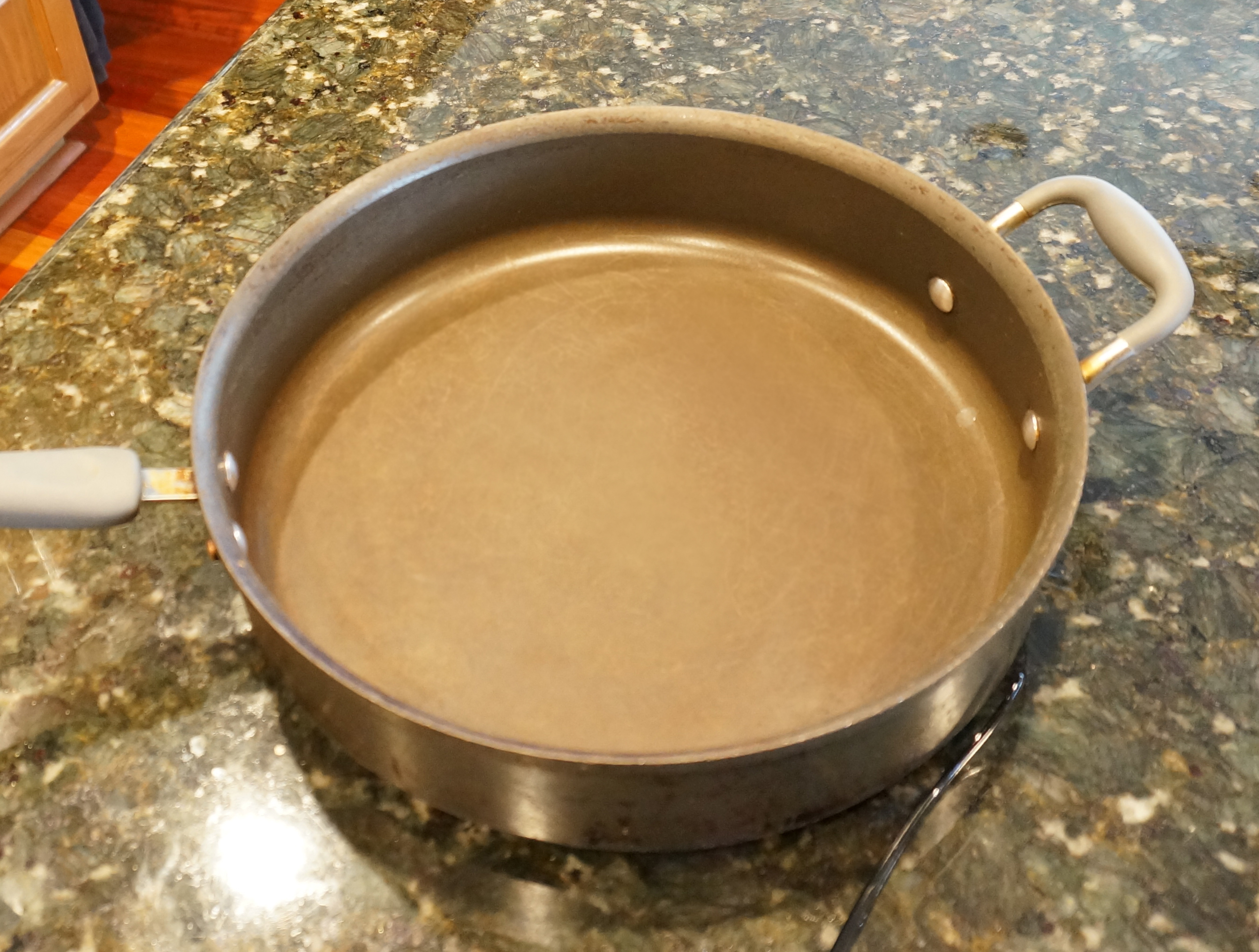 how to clean a burned non stick pan